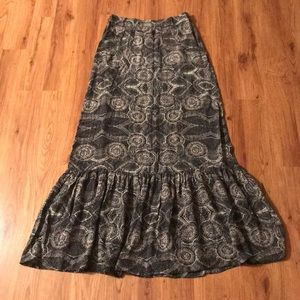 Anthropologie maxi skirt with pockets